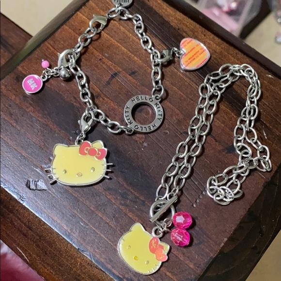 🖤Hello kitty bracelet & necklace